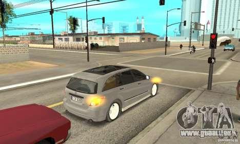 Mercedes-Benz R-Class pour GTA San Andreas vue arrière