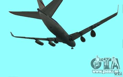Iliouchine Il-96 pour GTA San Andreas vue de droite