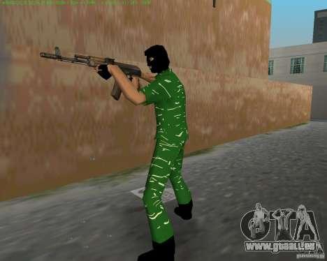 AK-74 pour GTA Vice City cinquième écran