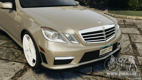 Mercedes-Benz E63 AMG pour GTA 4 vue de dessus