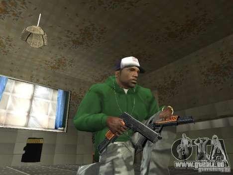 Pak intérieur armes V2 pour GTA San Andreas troisième écran