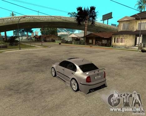 Skoda Superb Light Tuning pour GTA San Andreas sur la vue arrière gauche