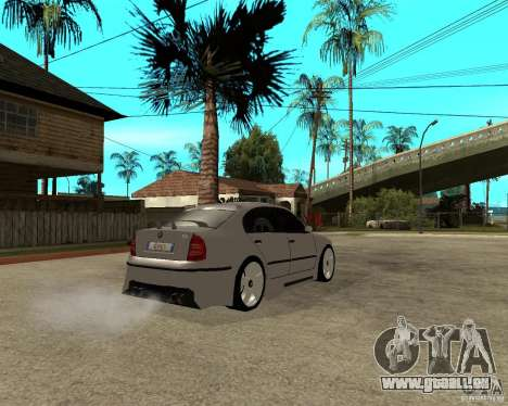 Skoda Superb Light Tuning pour GTA San Andreas