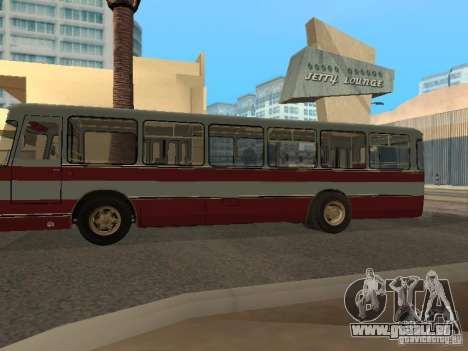 LIAZ 677 für GTA San Andreas linke Ansicht