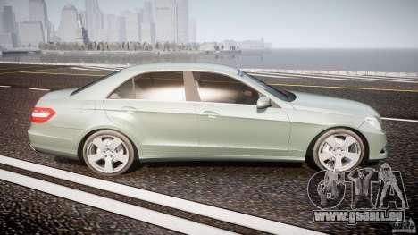 Mercedes-Benz E63 2010 AMG v.1.0 pour GTA 4 est un côté