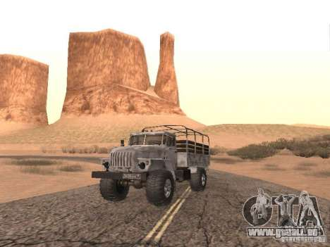 Oural-43206 hiver Camo pour GTA San Andreas