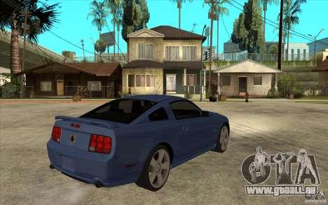 Ford Mustang 2005 pour GTA San Andreas vue de droite