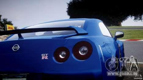 Nissan GT-R R35 2010 v1.3 pour GTA 4 est un côté