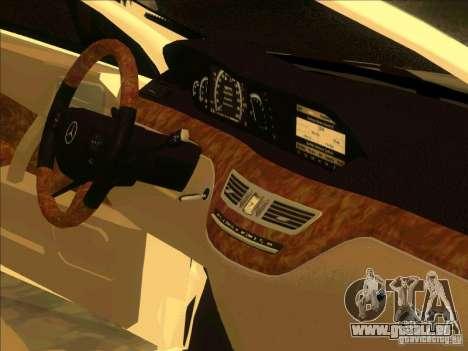 Mercedes Benz R350 für GTA San Andreas Rückansicht