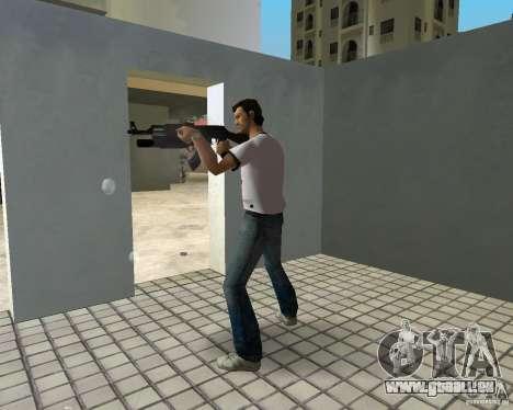 AK-47 avec un М203 de lanceur de grenade GTA Vice City pour la troisième écran
