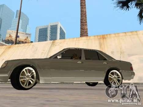 Mercedes-Benz W124 E500 pour GTA San Andreas sur la vue arrière gauche