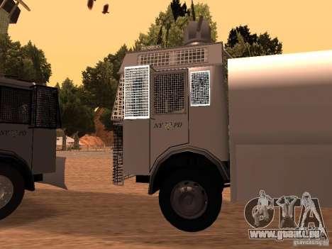 Eine Polizei-Wasserwerfer Rosenbauer v2 für GTA San Andreas linke Ansicht
