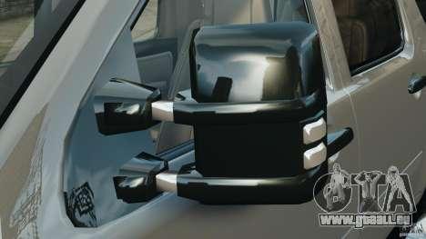 Chevrolet Suburban GMT900 2008 v1.0 pour GTA 4 est une vue de dessous
