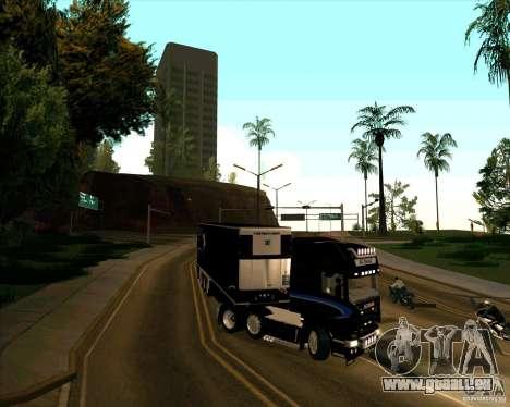 Scania R620 Pimped pour GTA San Andreas vue de droite