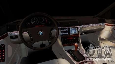 BMW 750iL E38 Light Tuning pour GTA 4 Vue arrière