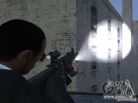 Flashlight 4 Weapons v1.0 für GTA 4