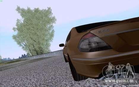 Mercedes-Benz E55 AMG für GTA San Andreas rechten Ansicht
