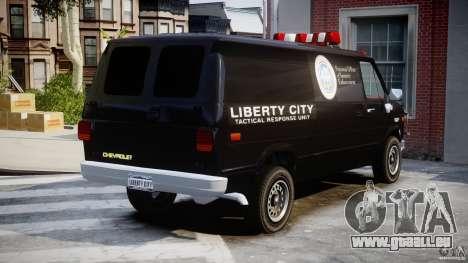 Chevrolet G20 Van V1.1 pour GTA 4 est une vue de l'intérieur
