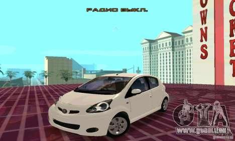 Toyota Aygo V1.0 pour GTA San Andreas vue de côté