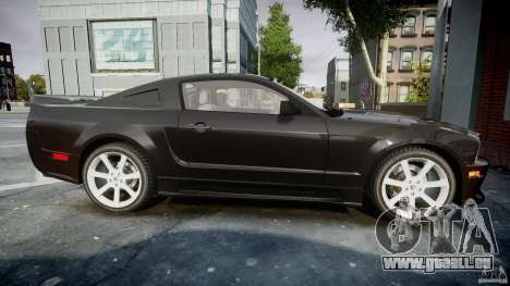 Saleen S281 Extreme Unmarked Police Car - v1.2 pour GTA 4 est une vue de l'intérieur