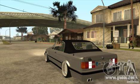 BMW E30 325i Cabrio 1989 pour GTA San Andreas sur la vue arrière gauche