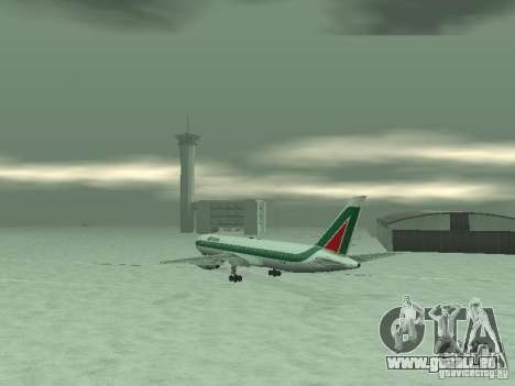 Boeing 767-300 Alitalia pour GTA San Andreas vue de droite