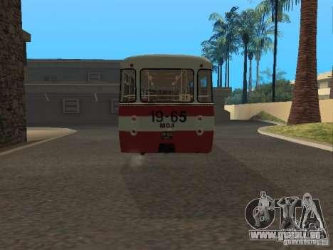 LIAZ 677 pour GTA San Andreas sur la vue arrière gauche