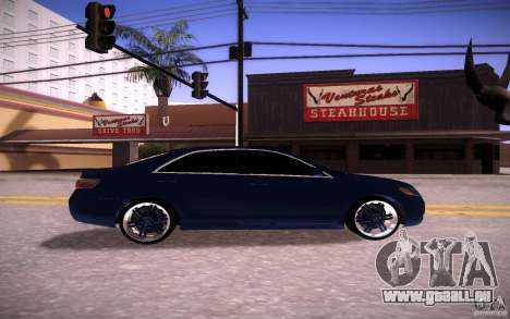 Toyota Camry Light Tunning pour GTA San Andreas vue de droite