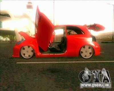 Toyota Yaris pour GTA San Andreas vue arrière