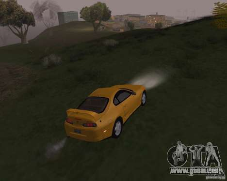 Toyota Supra 3.0 24V pour GTA San Andreas vue de côté