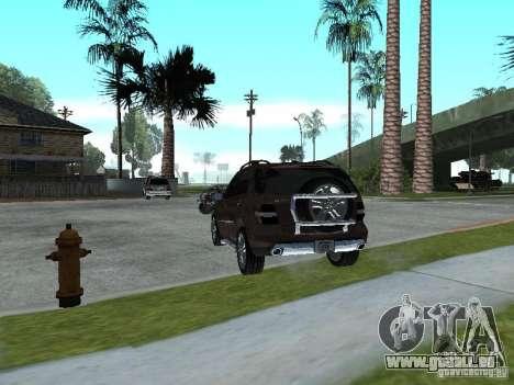Mercedes-Benz ML500 pour GTA San Andreas sur la vue arrière gauche