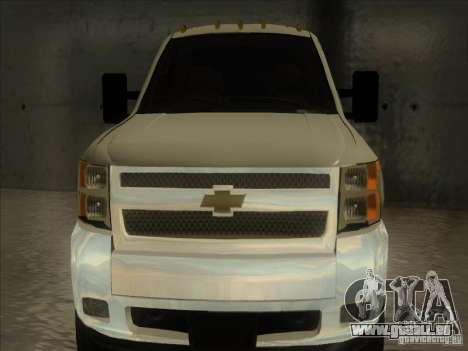 Chevrolet Silverado 3500 pour GTA San Andreas sur la vue arrière gauche