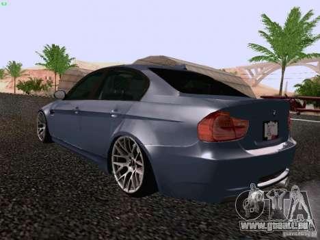 BMW M3 E90 Sedan 2009 pour GTA San Andreas sur la vue arrière gauche
