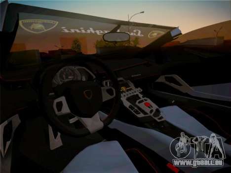 Lamborghini Aventador LP700-4 Roadstar pour GTA San Andreas salon