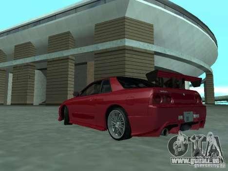Nissan Skyline R32 Tuned pour GTA San Andreas sur la vue arrière gauche