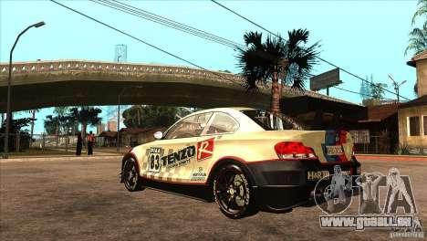 BMW 135i Coupe GP Edition Skin 1 pour GTA San Andreas sur la vue arrière gauche