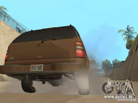 Chevrolet Suburban 2003 pour GTA San Andreas vue de droite