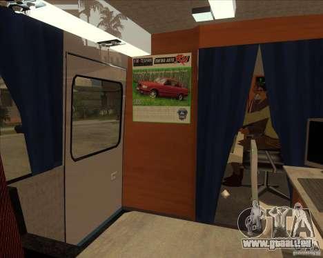 IKARUS 255 Tv pour GTA San Andreas vue arrière