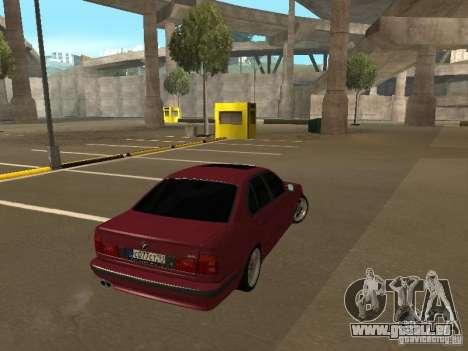 BMW E34 M5 pour GTA San Andreas laissé vue