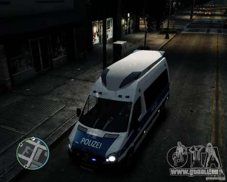 Mercedes Sprinter German Police für GTA 4 Innenansicht