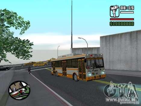 LIAZ 5283.70 pour GTA San Andreas vue arrière