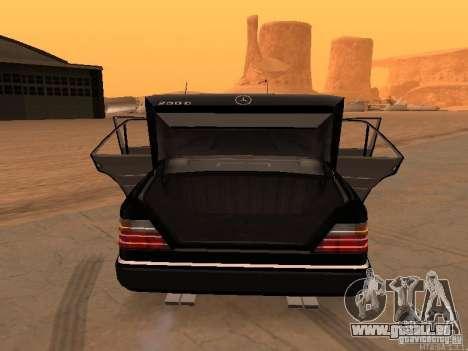 Mercedes-Benz E250 V1.0 pour GTA San Andreas vue de droite