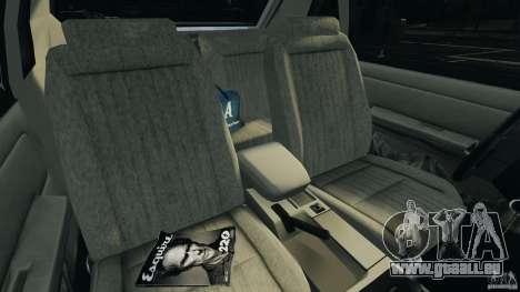 Ford Mustang GT 1993 v1.1 pour GTA 4 est une vue de l'intérieur