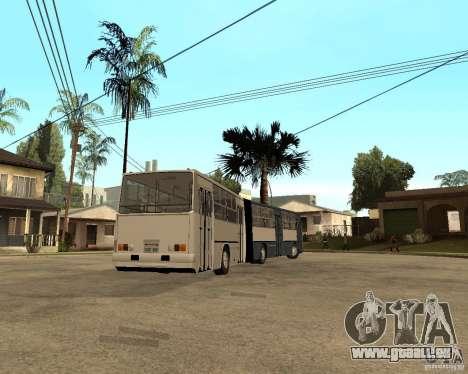 IKARUS 280 pour GTA San Andreas vue de droite