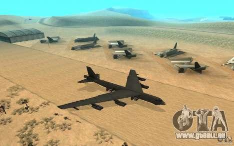 Boeing B-52 Stratofortress pour GTA San Andreas vue de droite