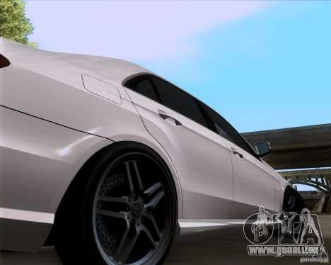 Mercedes-Benz E63 AMG V12 TT Black Revel für GTA San Andreas rechten Ansicht