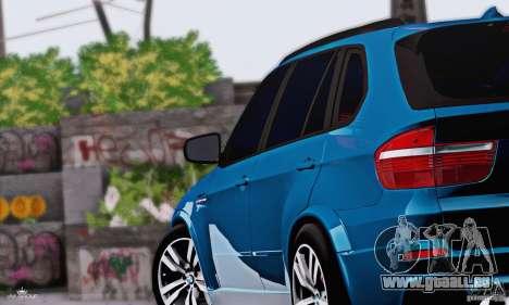 BMW X5M 2013 v1.0 pour GTA San Andreas sur la vue arrière gauche