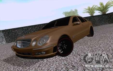Mercedes-Benz E55 AMG pour GTA San Andreas