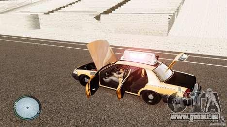 Ford Crown Victoria 2003 NYC Taxi pour GTA 4 est une vue de l'intérieur