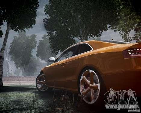 Audi RS5 2010 pour GTA 4 est un côté